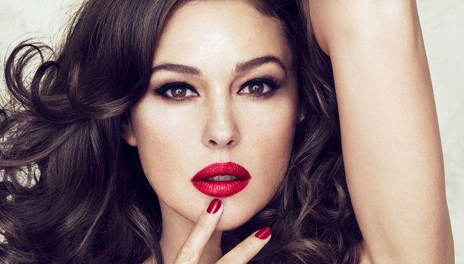 Caut cea mai frumoasa femeie din lume)