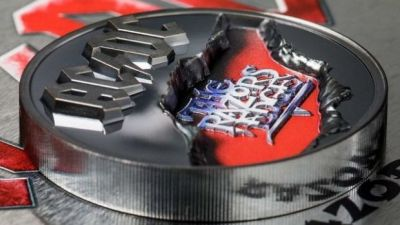 ac-dc-commemorative-coins-celebrating-for-those-about-to-rock-and-the-razors-edge-released-image
